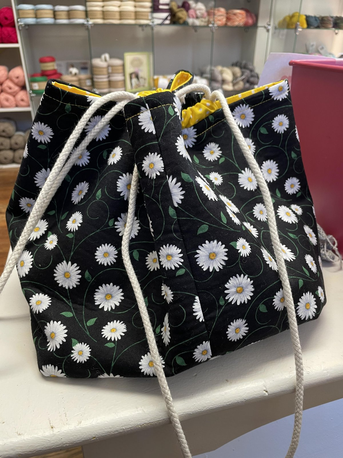 Project Bag Large, Daisies