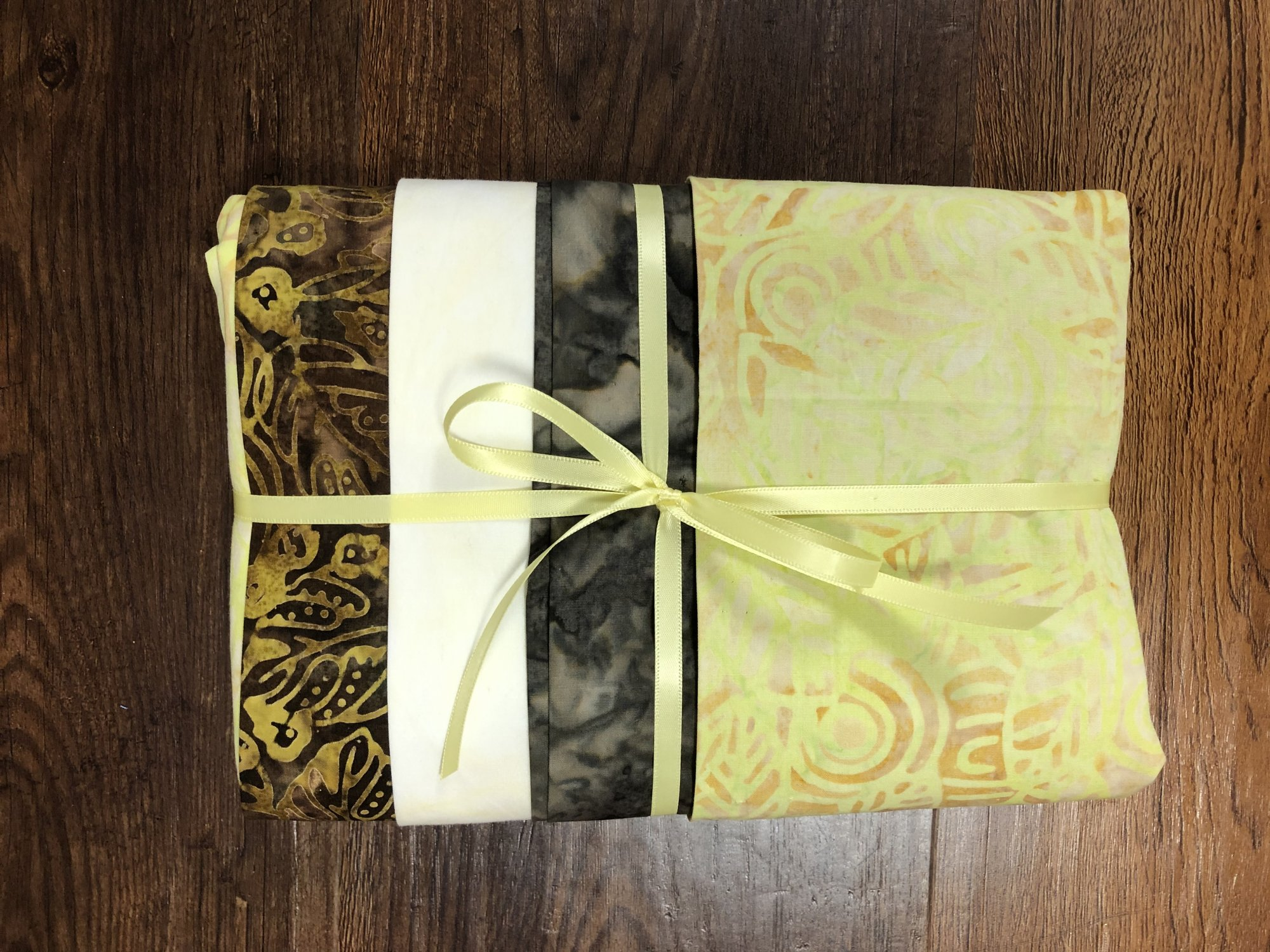 Batik Bundle - 4 one yard cuts - Brown/Yellow
