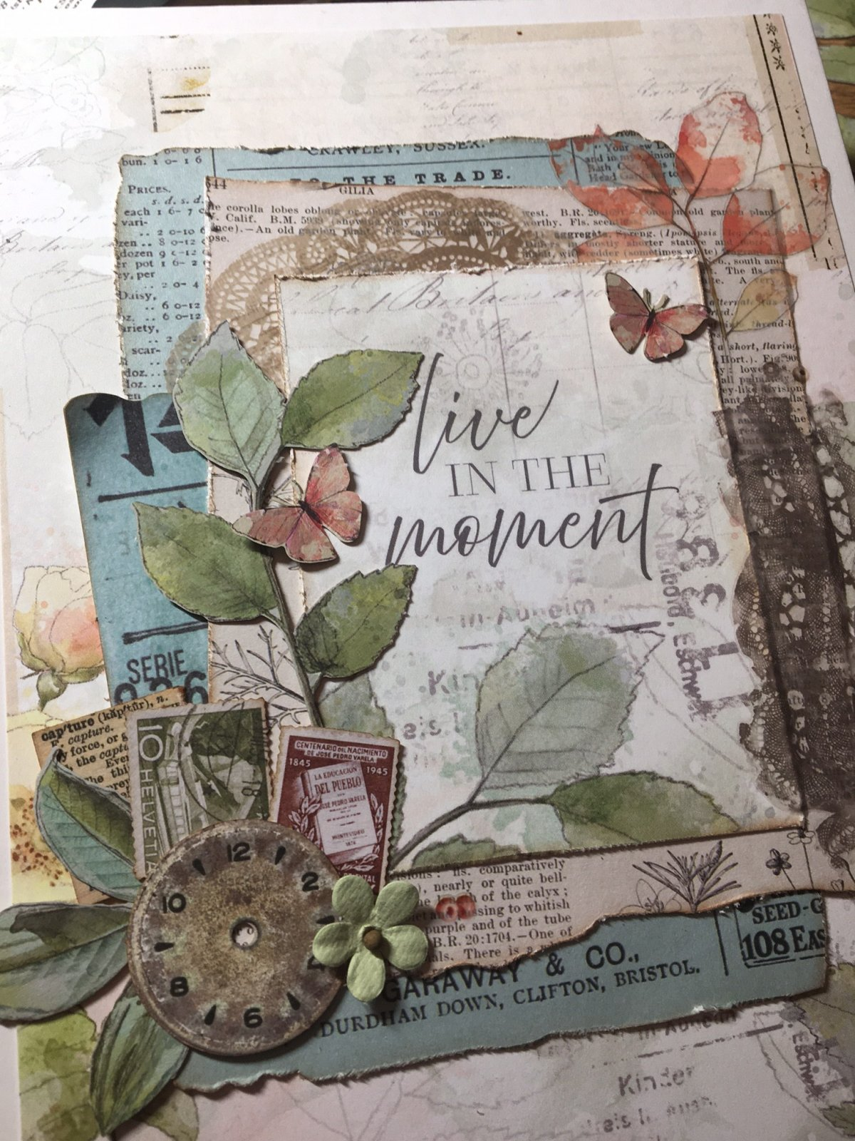 Mystery Monday Kit #43 Live in the Moment Mini Album