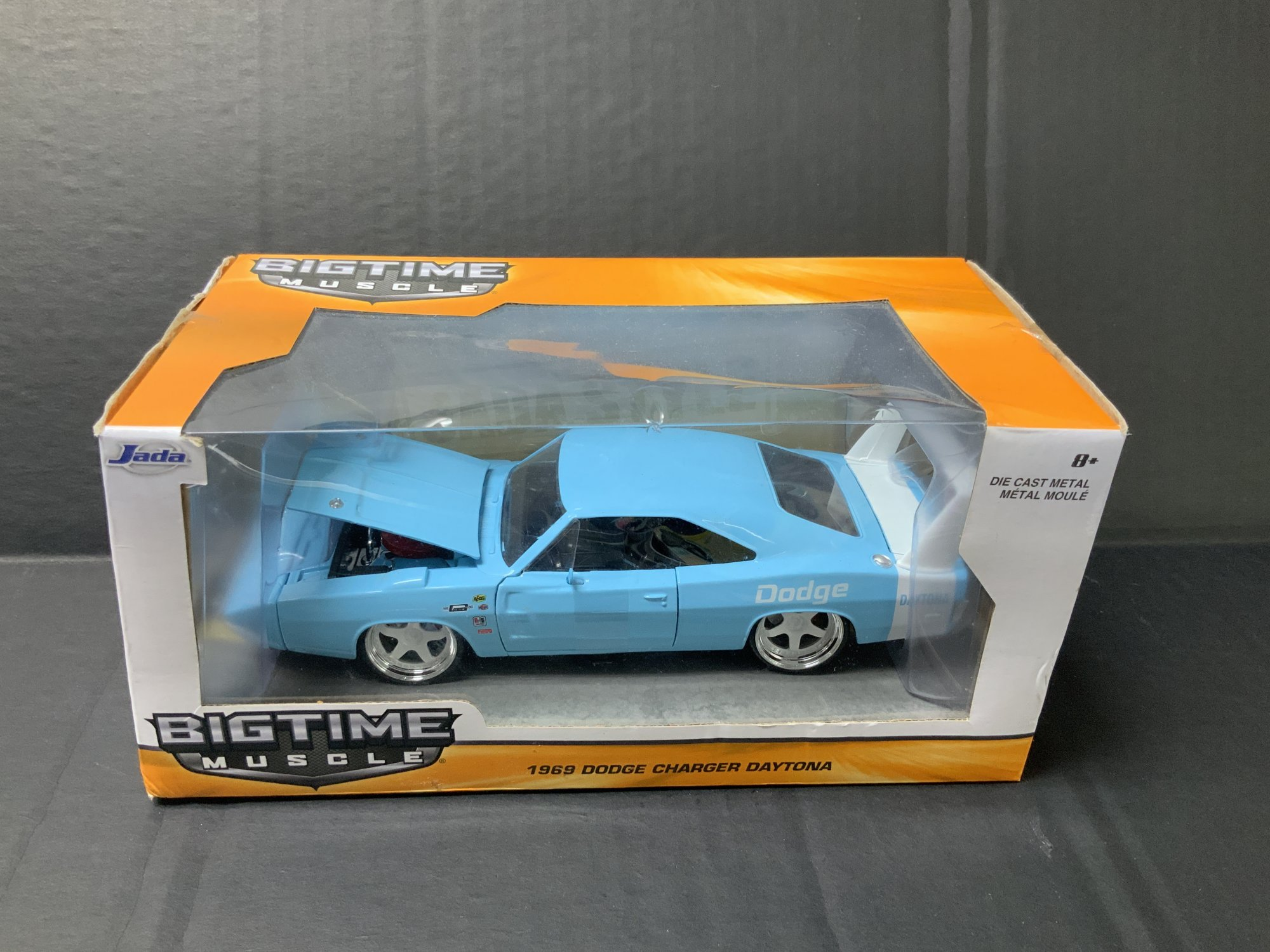 Jada Bigtime Muscle 1969 Dodge Charger Daytona 1:24 scale