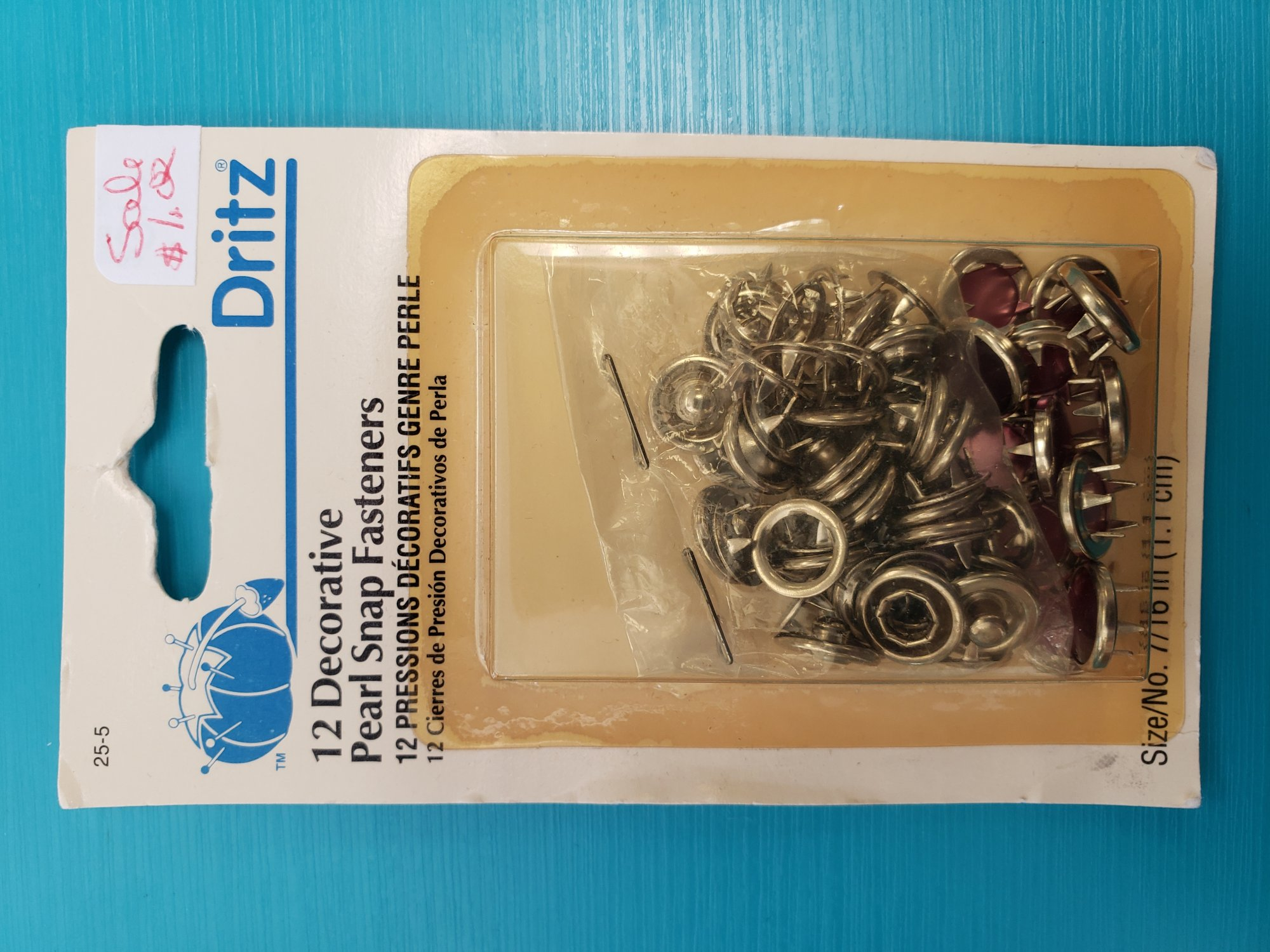12 DECORATIVE PEARL SNAP FASTENERS RED