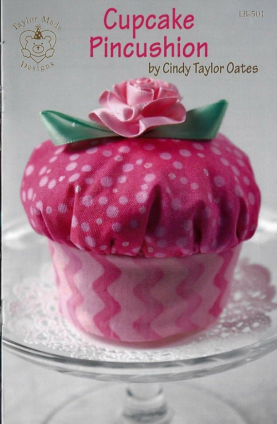 CUPCAKE PINCUSHION PATTERN LB501