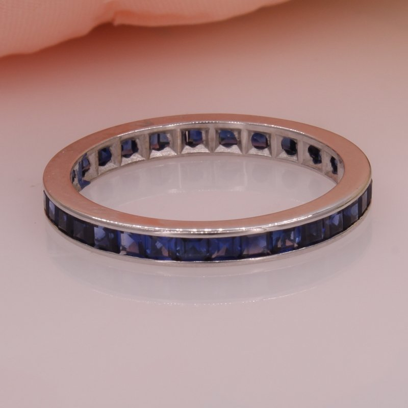 Estate 14W Sapphire Eternity Band size 8.5