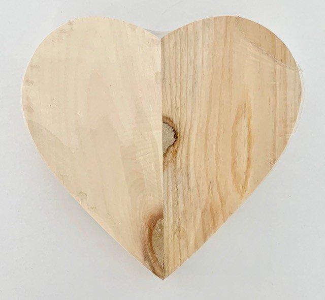 FOUNDATIONS DECORE - PINE HEART 3.75 X 7.75 X 1.5