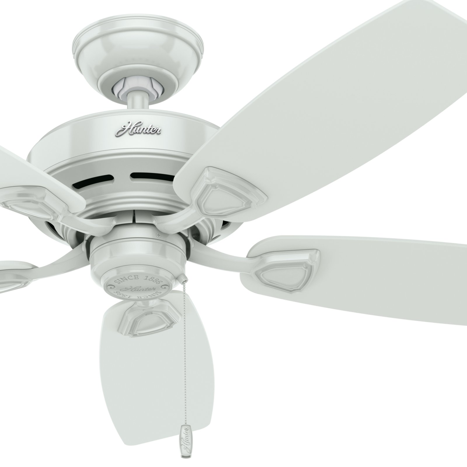 Hunter Fan 48 Outdoor Damp Rated Ceiling Fan in White with 5 White Plastic Blades