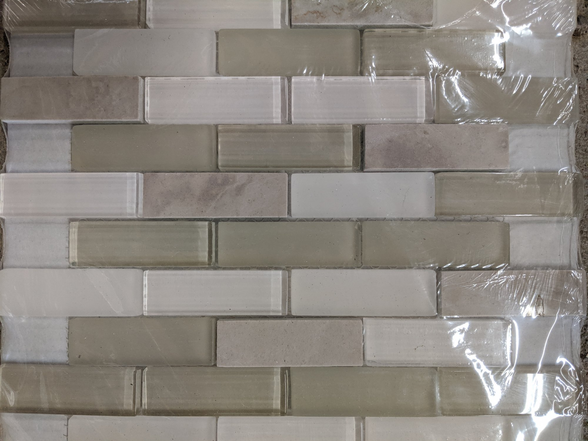CREAM GLASS MOSAIC