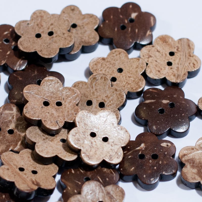 (AE-021)  Pack of 10 Flower Shape Coconut Buttons .71 inch