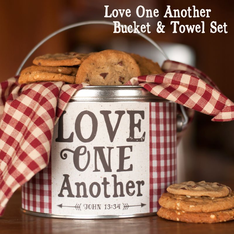 (BUNDLE-LoveBucket)   Love One Another Bucket & Towel