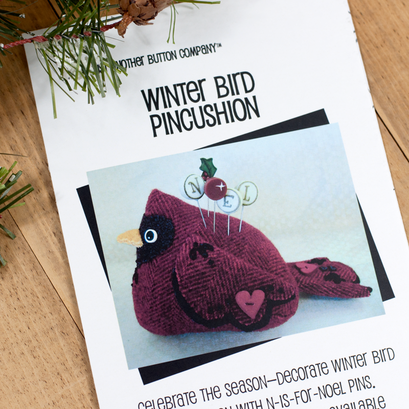 (JABC-P1011)   Winter Bird Pincushion