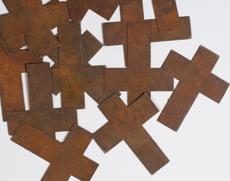 (FDC-849173)   2 PACK Large Rusty Tin Crosses