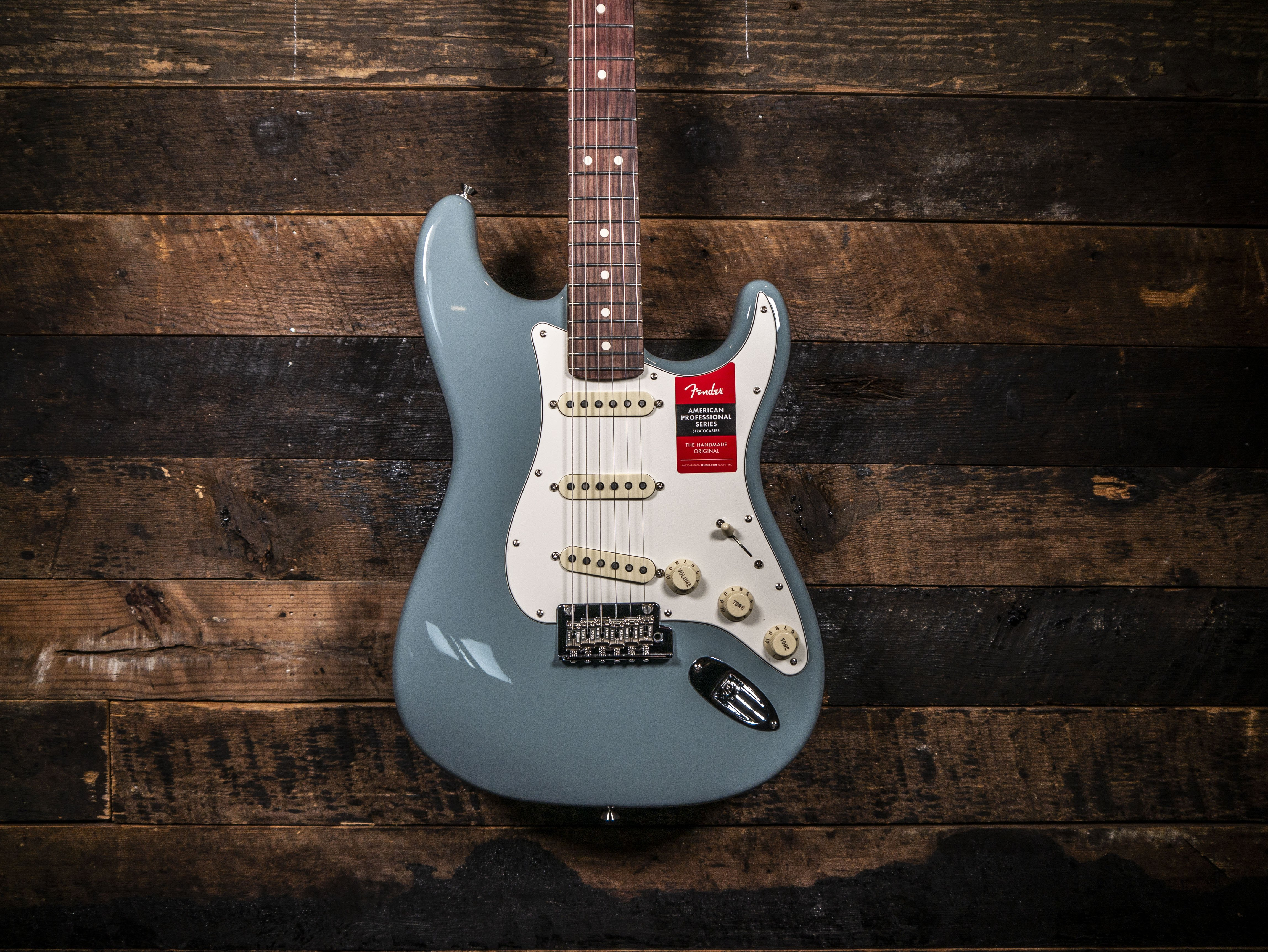 Fender American Professional Stratocaster Sonic Grey
