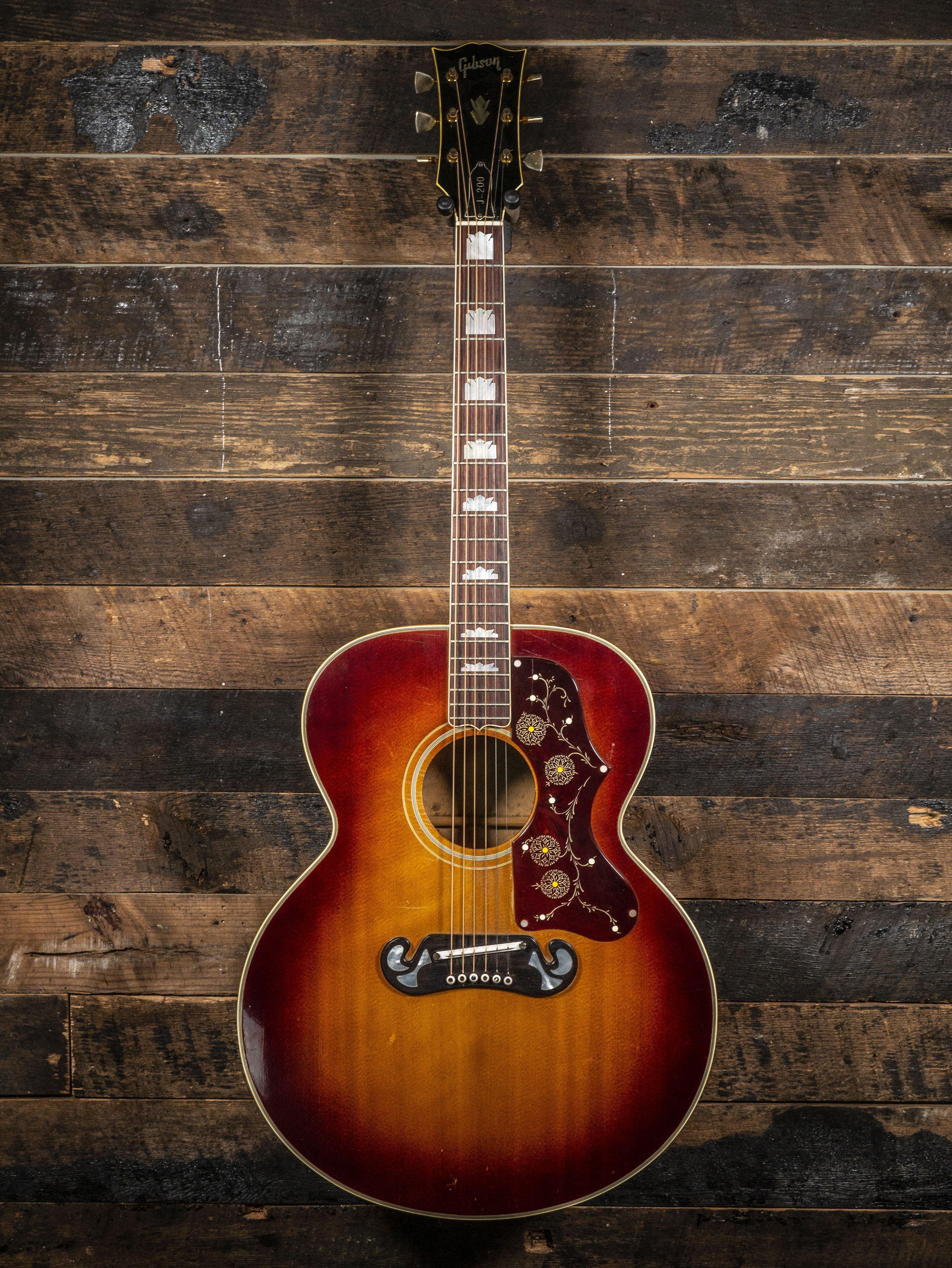 1968 Gibson J200