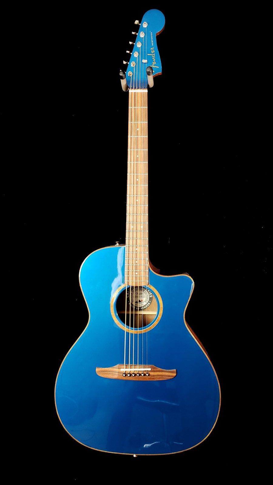 Fender Newporter Classic Cosmic Turquoise