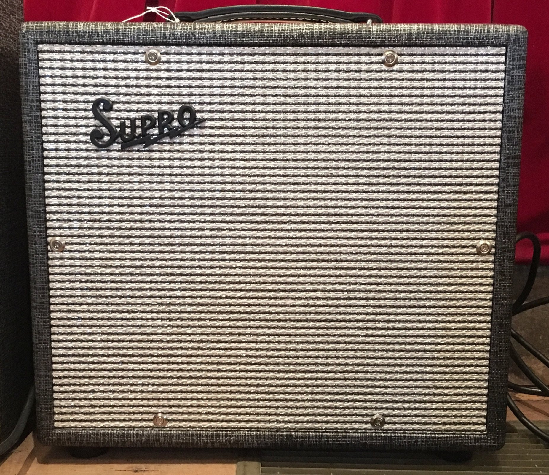 Supro 1700 Supreme 1x12 Extension Cabinet
