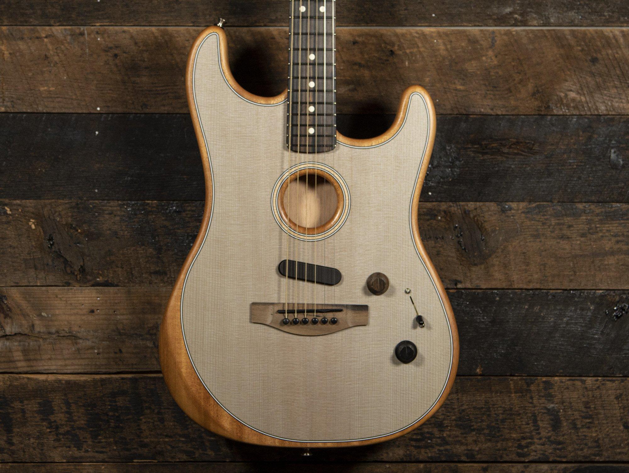Fender AMERICAN ACOUSTASONIC STRATOCASTER TRANSPARENT SONIC BLUE