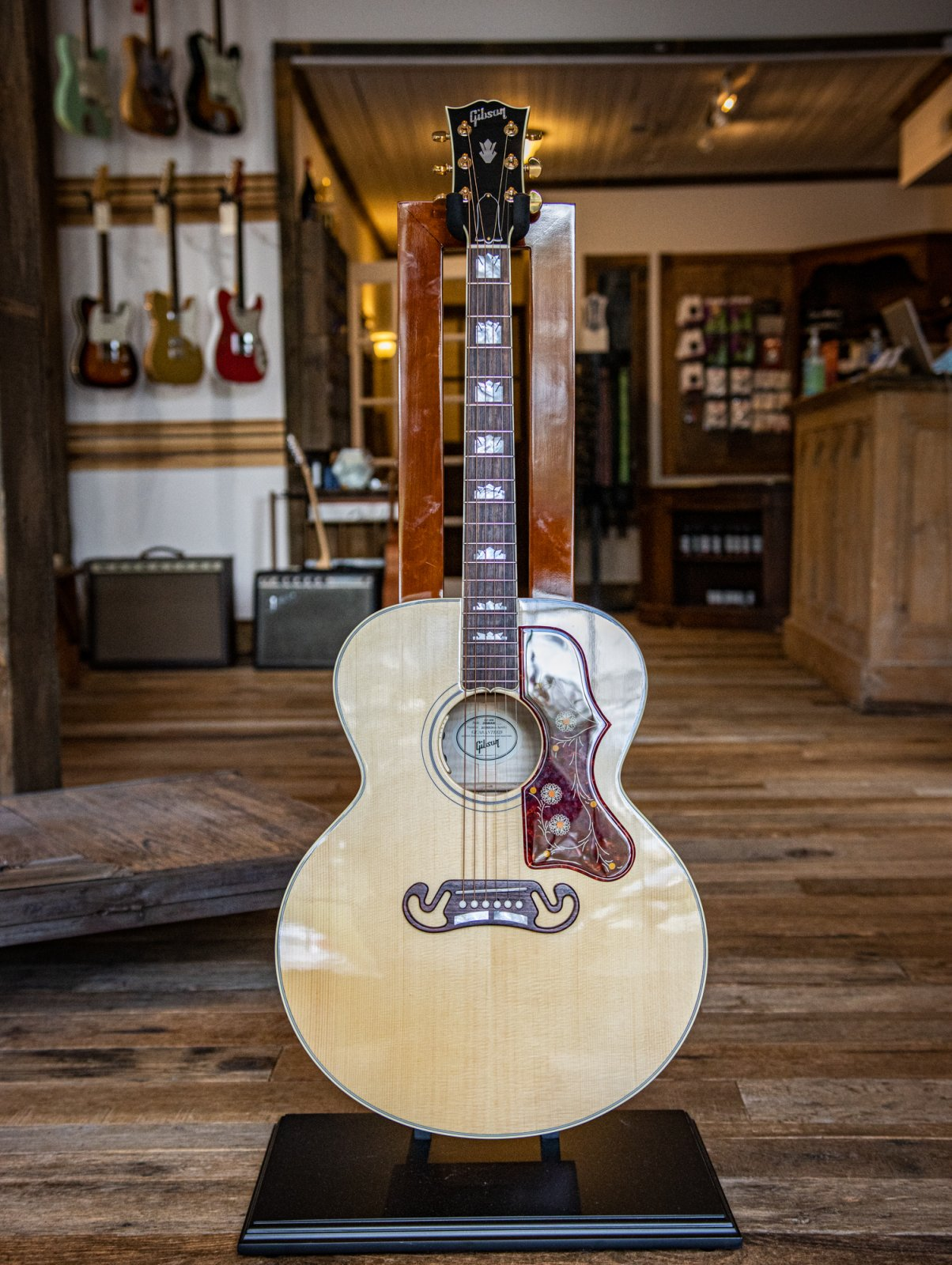 Pre Owned 2019 Gibson SJ200 Antique Natural