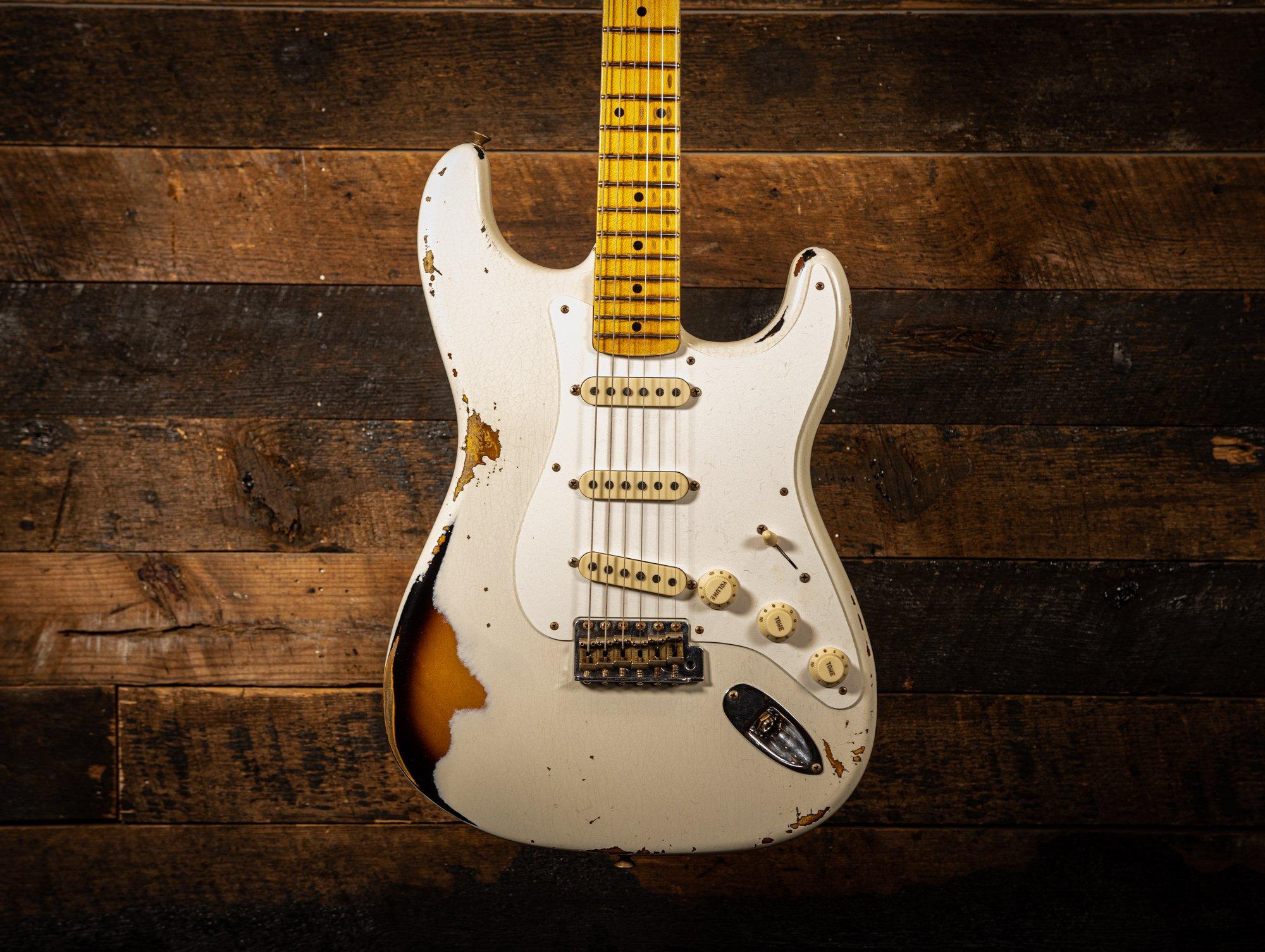 Fender Custom Shop 56 Heavy Relic Aged India Ivory over 2 Tone Sunburst