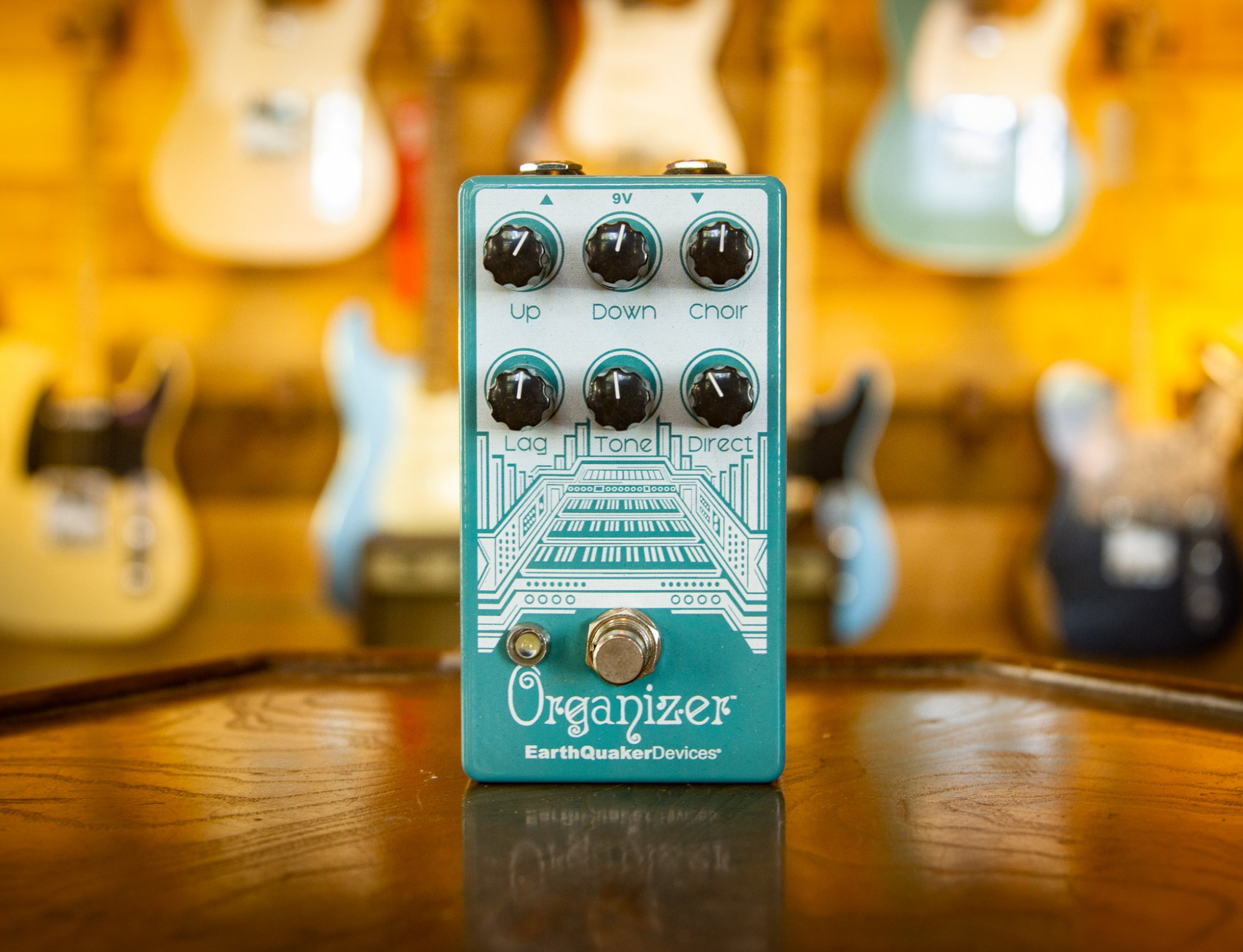 Earthquaker Devices Organizer pedal