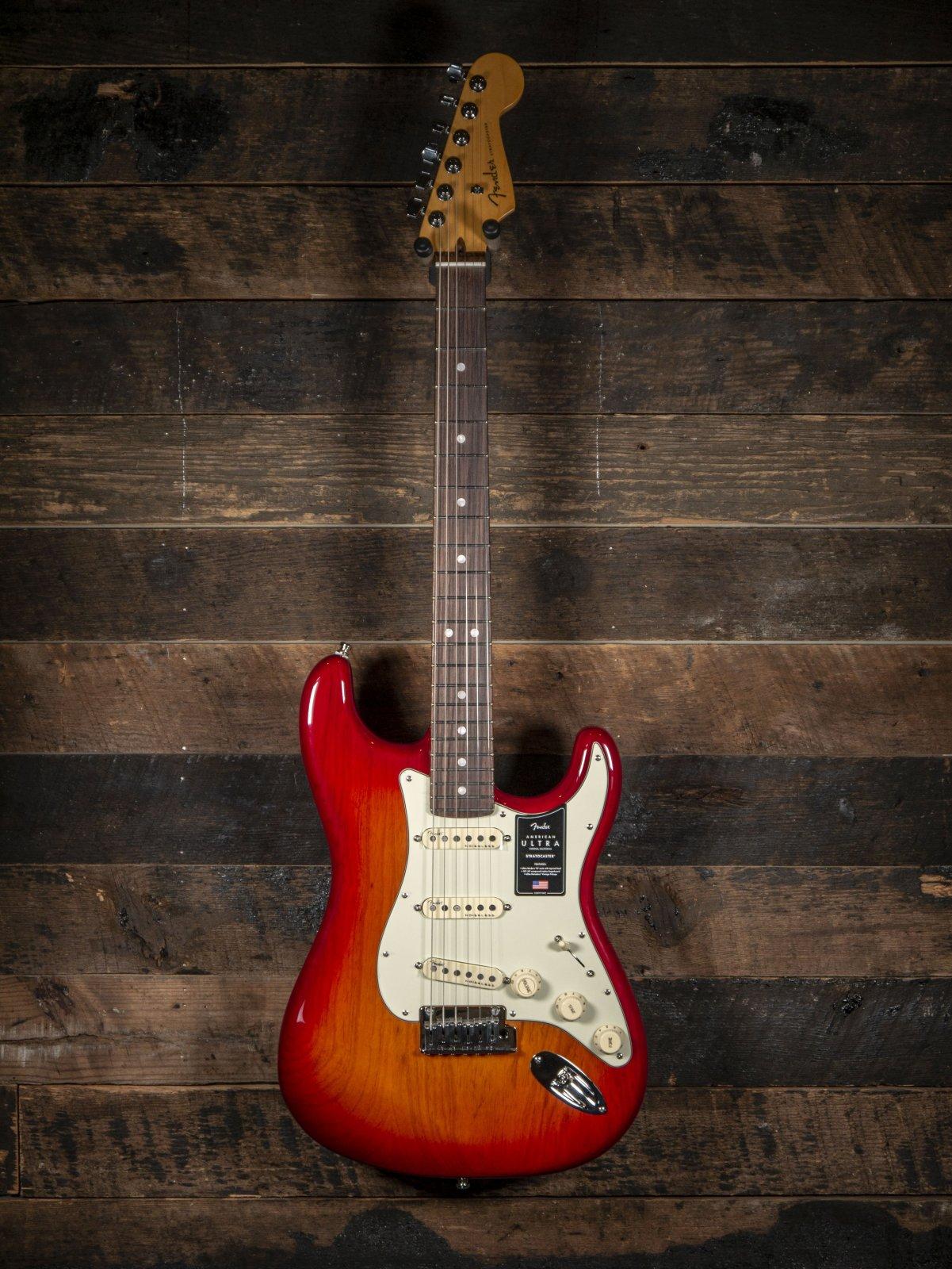 Fender American Ultra Stratocaster Plasma Red Burst
