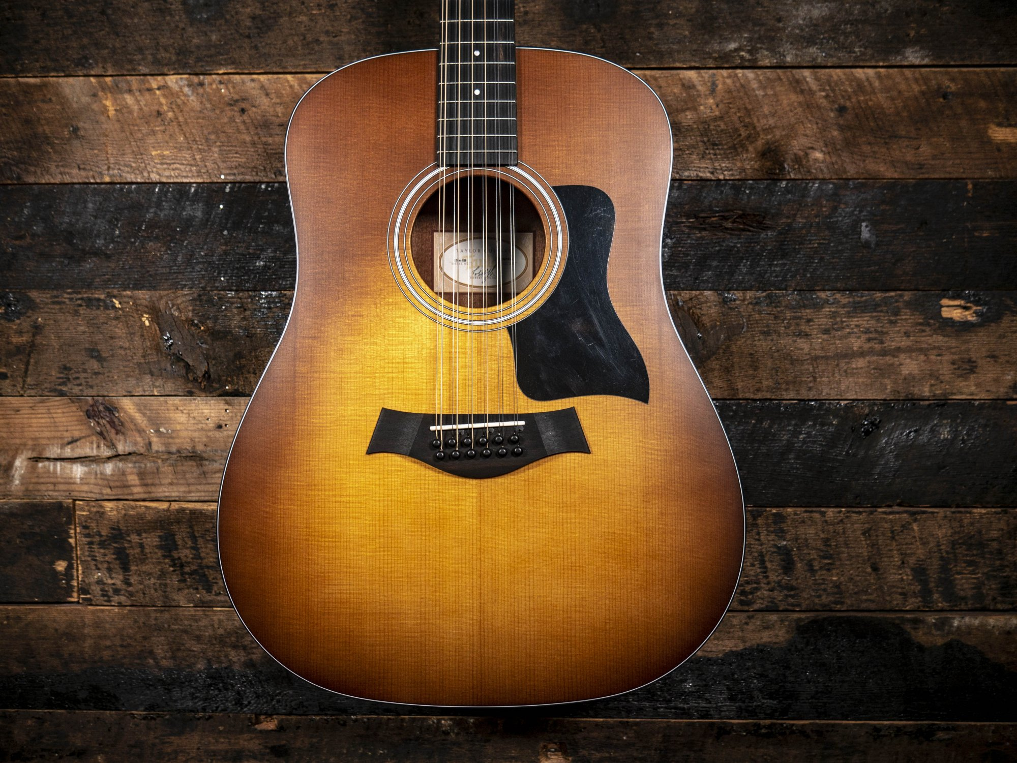 Taylor 110e Limited Sunburst
