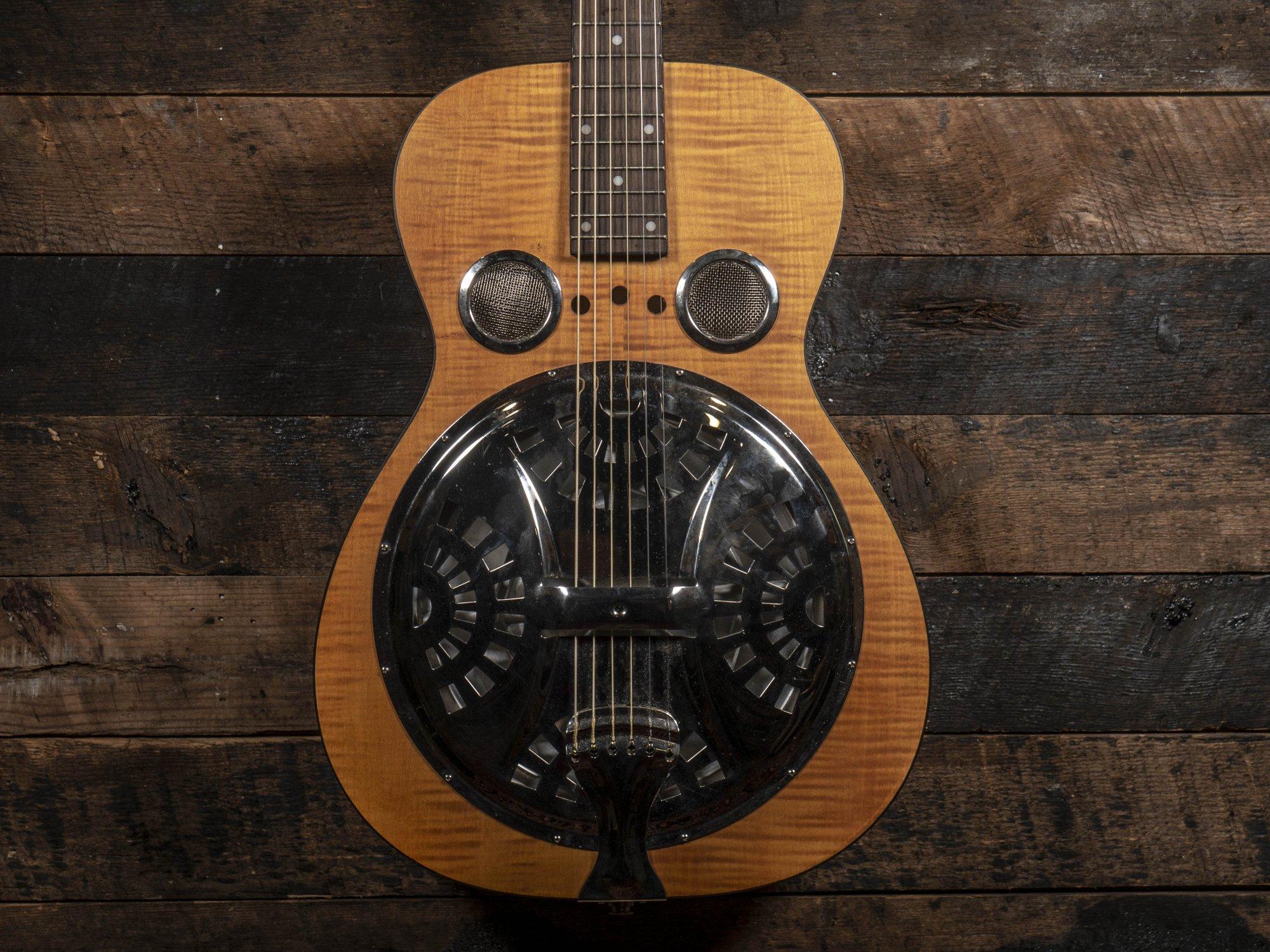 Dobro Hound Dog Deluxe Round Neck Resonator Guitar Natural