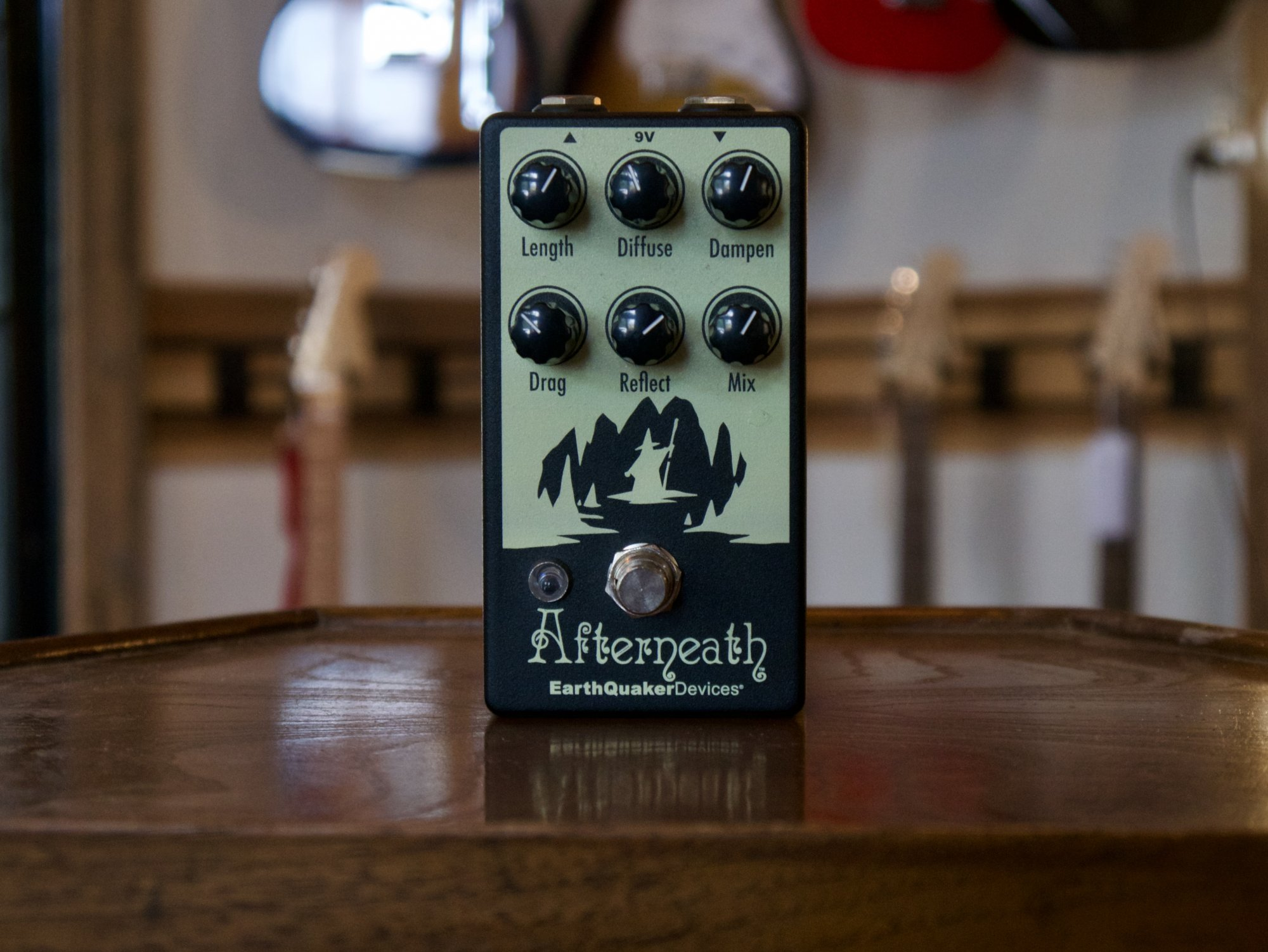 Earthquaker Devices Afterneath Pedal