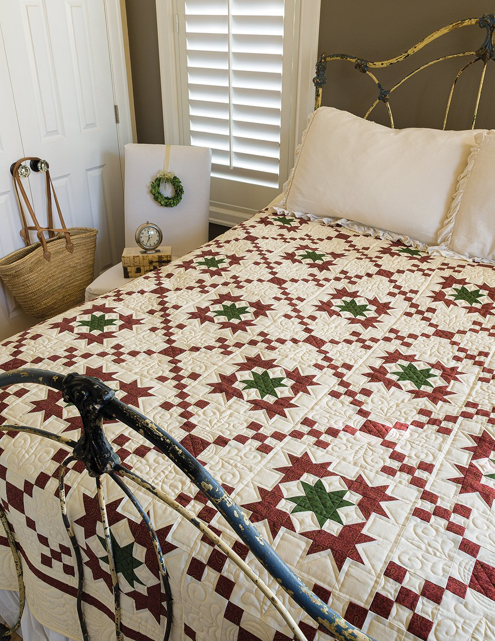 Christmas Star includes Red and Green Quilts Book  Plus FREE Shipping