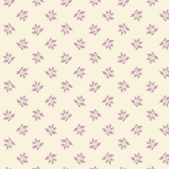 Hat Box - Lavender Berries on Cream
