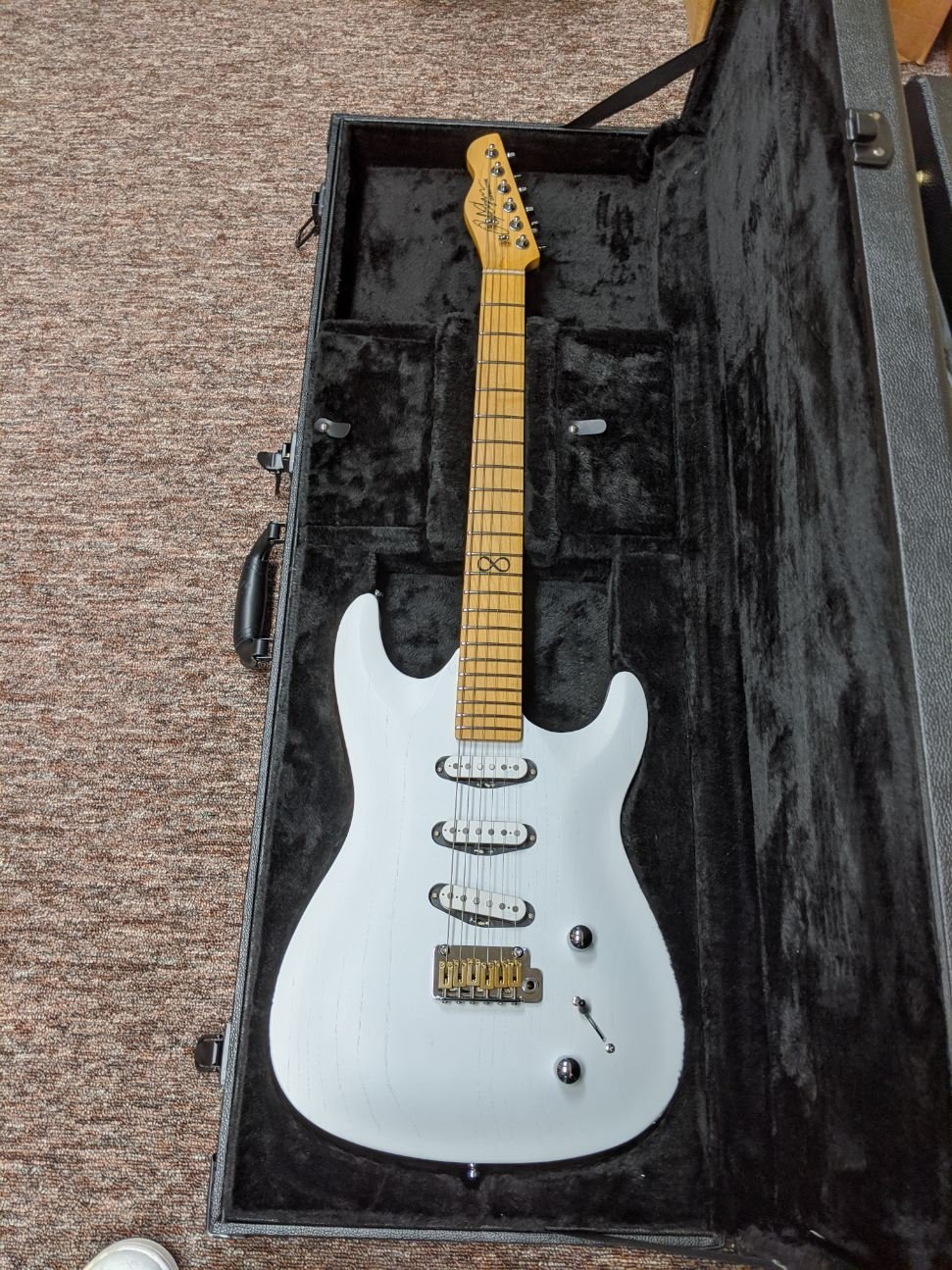 USED Chapman ML1 Pro Traditional White Dove
