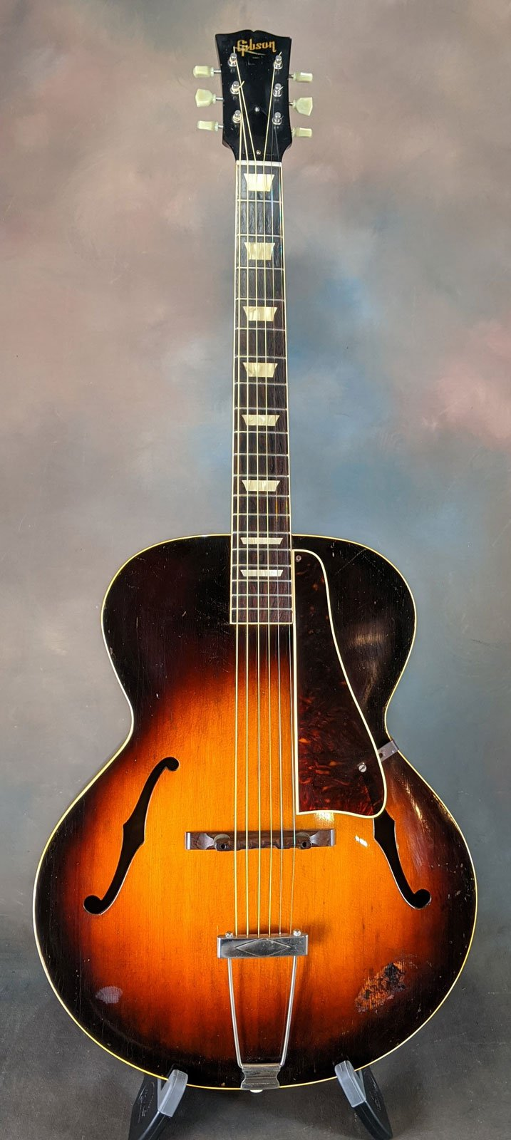 Late 40s Gibson L50 Archtop