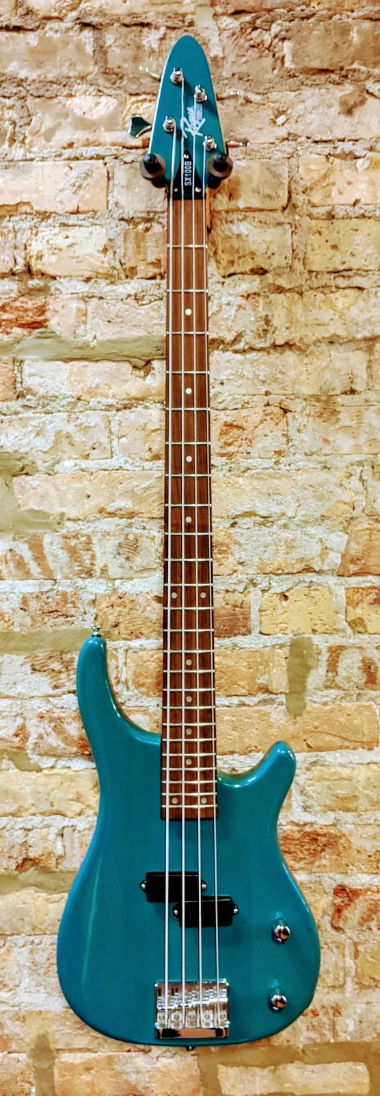 Used Rogue SX100B Electric Bass