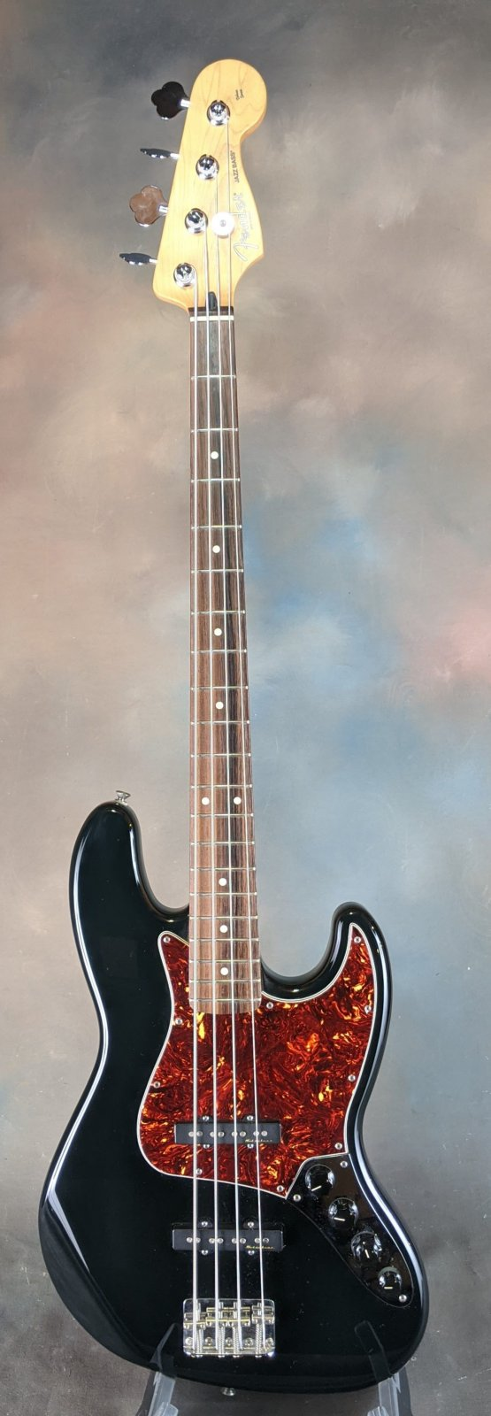 Used Fender Deluxe Active Jazz Bass with Gig Bag