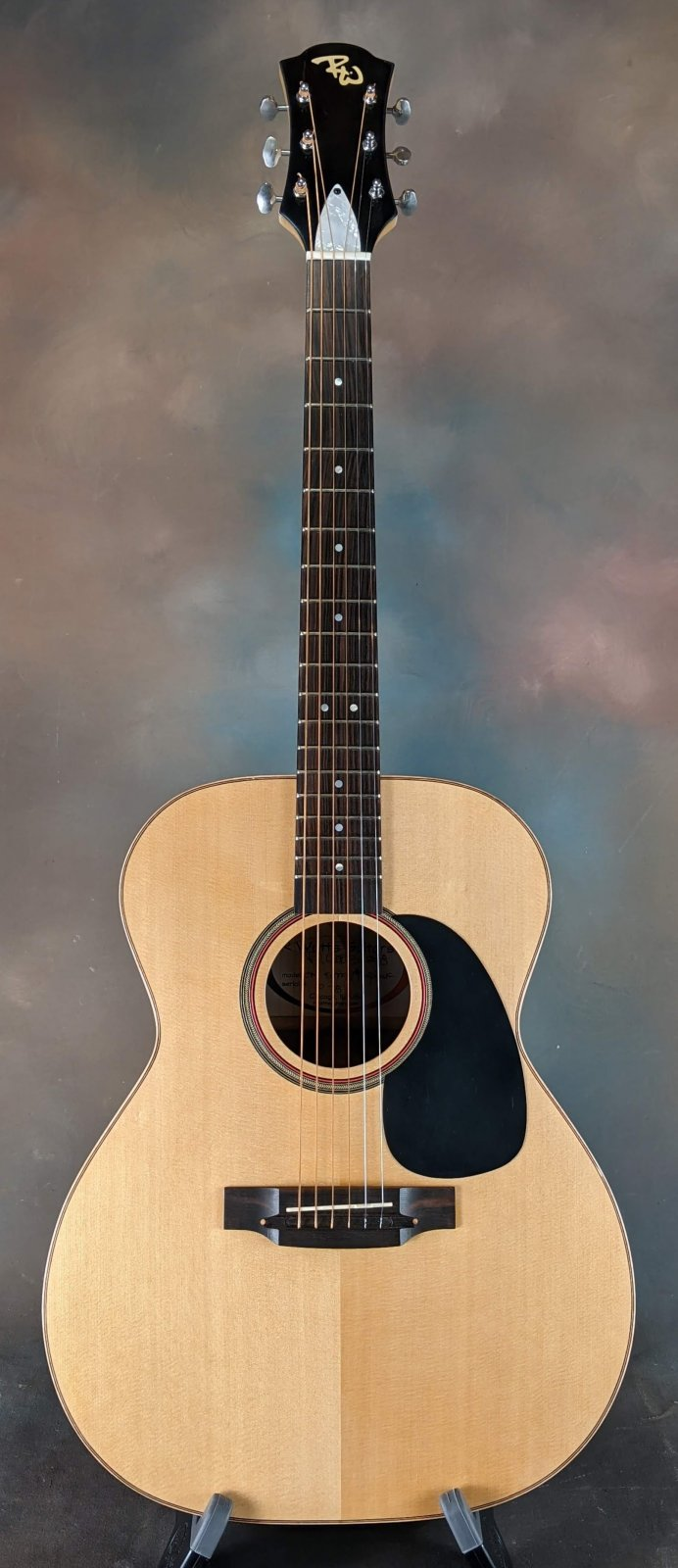 Richard Watts OM Steel String - Padauk