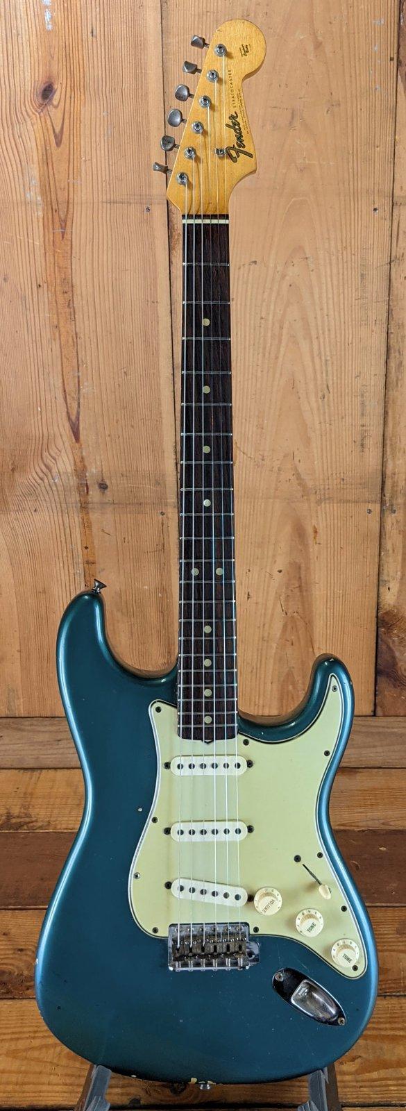1965 Fender Stratocaster - Lake Placid Blue!