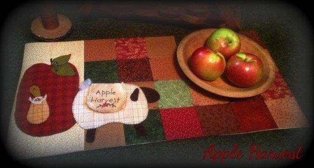 Apple Harvest Table Runner