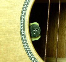 K&K Sound Pure 12-String acoustic pickup with Passive Volume control