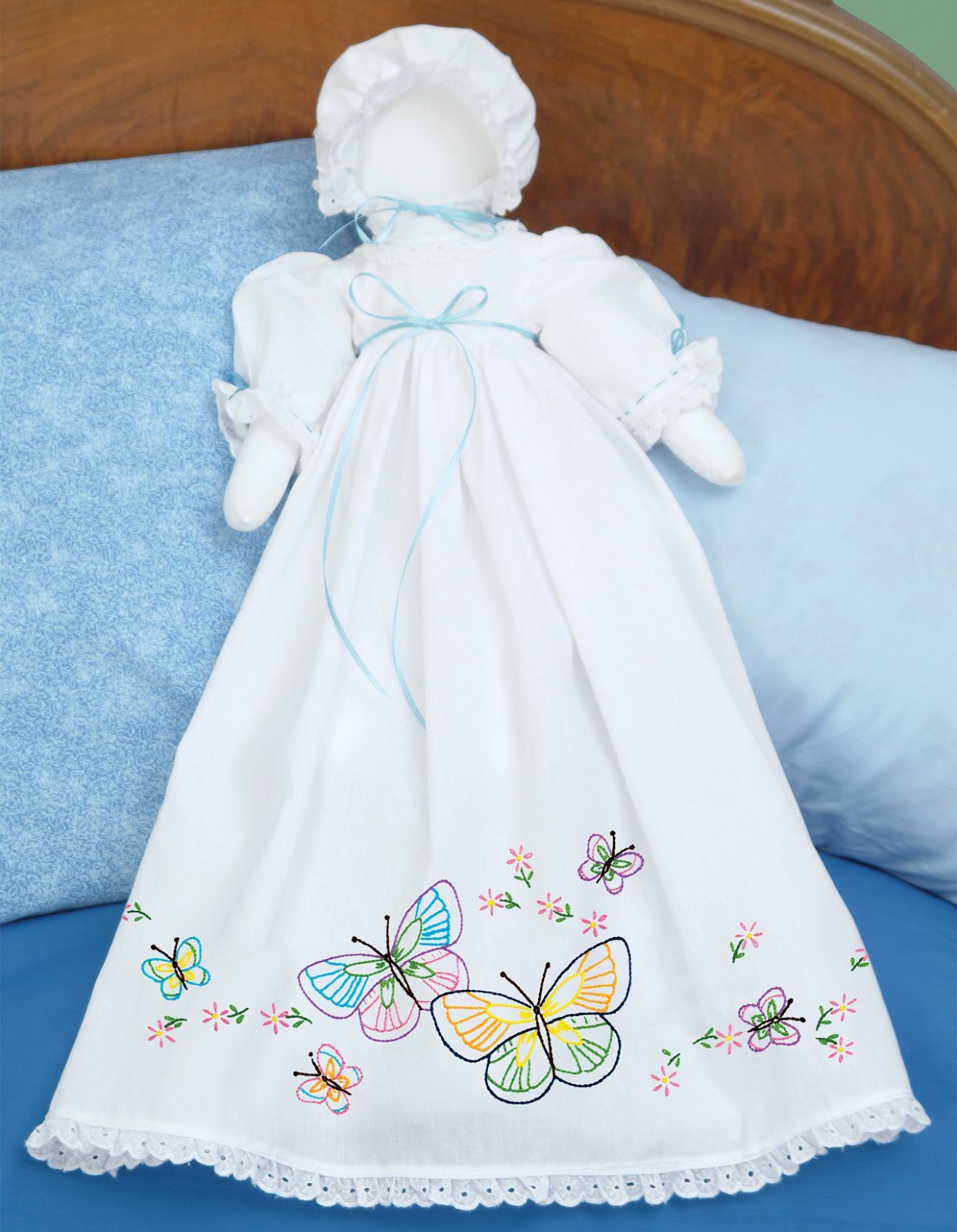 1900-PILLOWCASE DOLL KIT (Dress Bonnet  Doll pieces)--0143