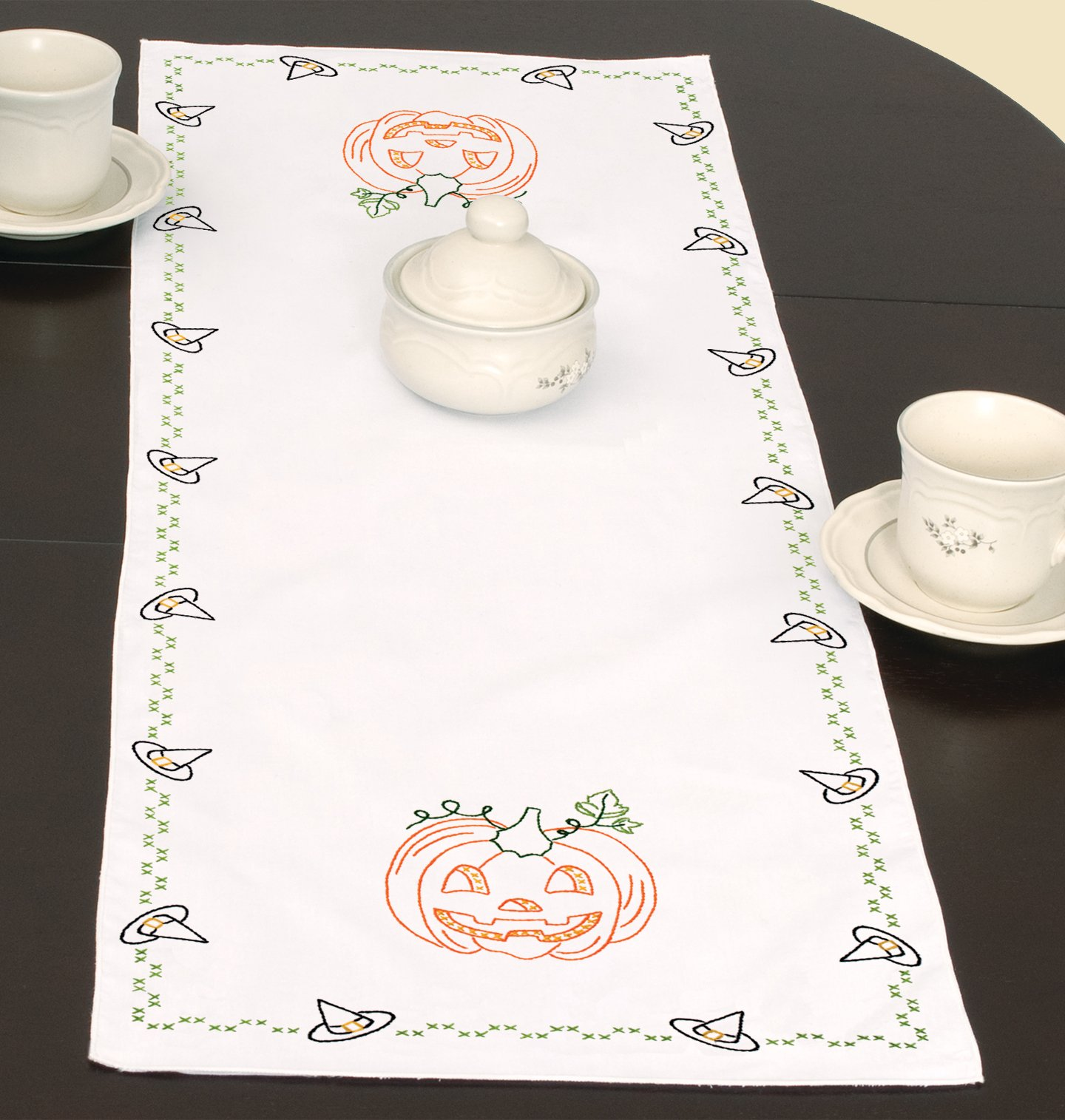 0560-TABLE RUNNER/SCARF (15 x 42)-875
