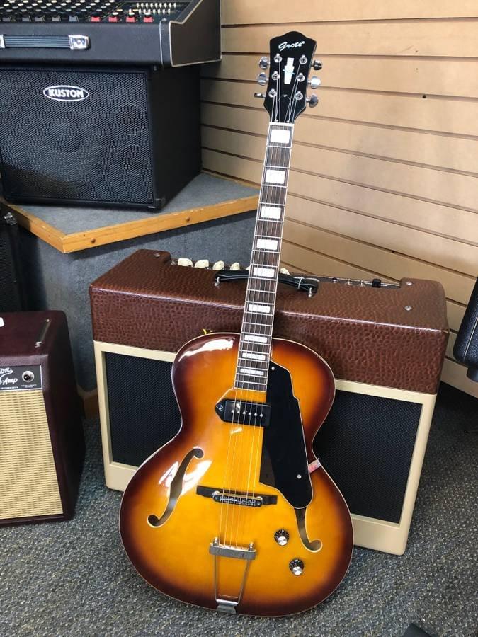 Grote Jazz Hollowbody Guitar