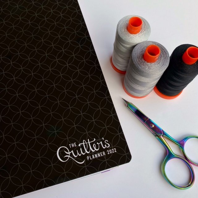 The Quilter's Planner 2022 - 2 Cover Options with Sunday Calendar Start