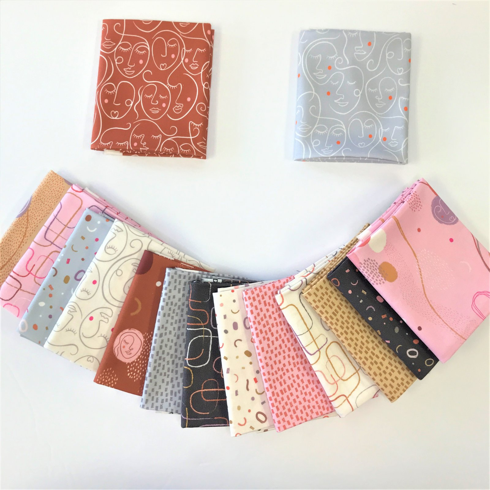The Dreamer by Lewis & Irene - 15 Fat Quarters Bundle