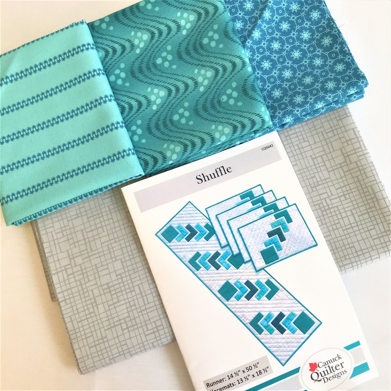 Shuffle Placemat and Runner Kit