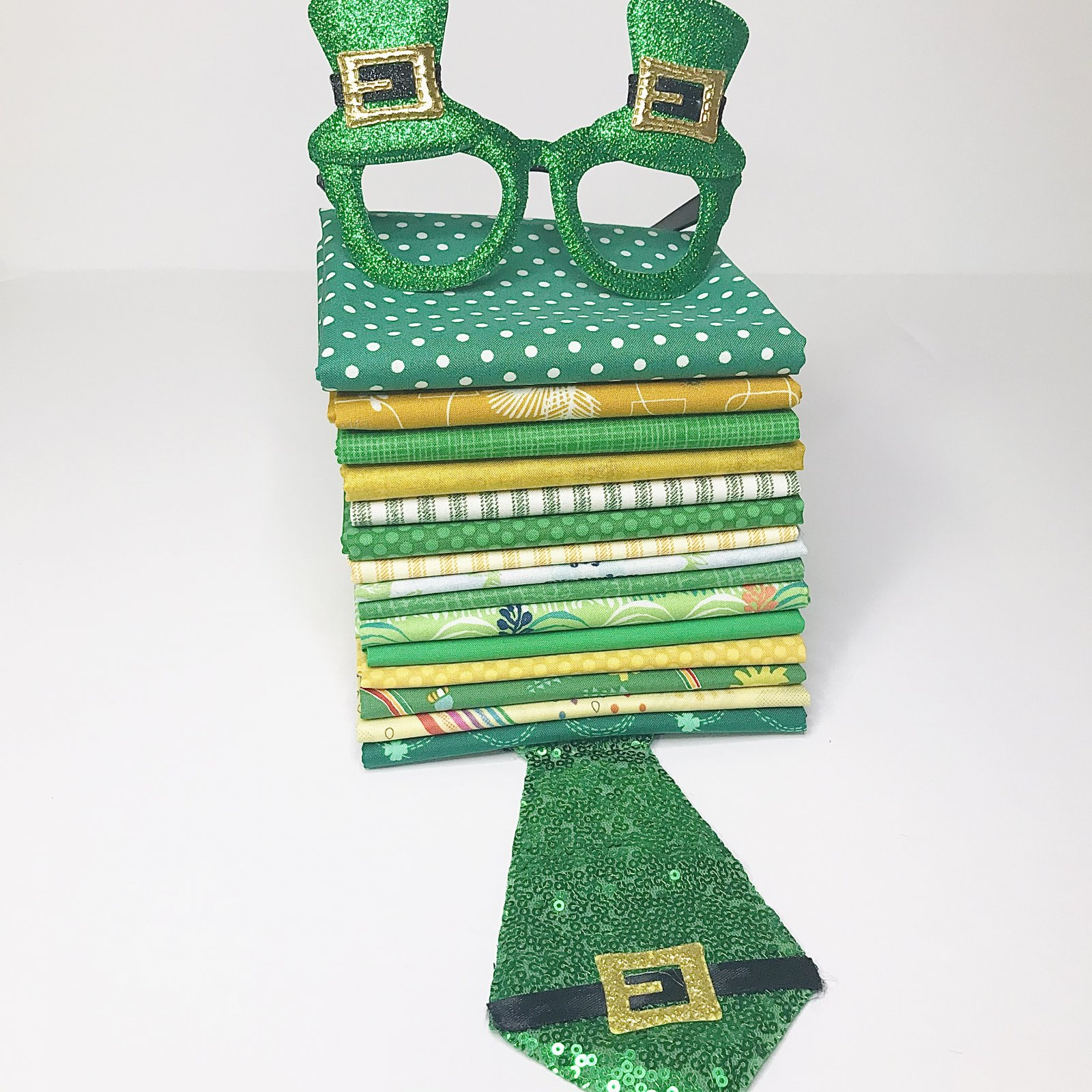 Luck of the Irish 15 Fat Quarters Bundle - Mystery Monday - March