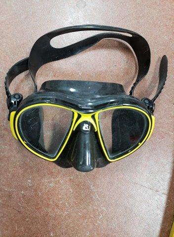 Used Cressi Mask