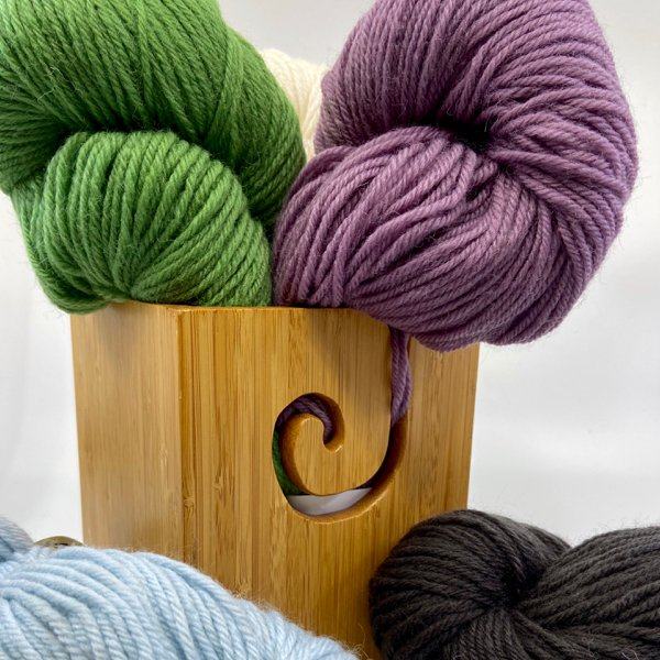 Deluxe Worsted from Universal Yarn