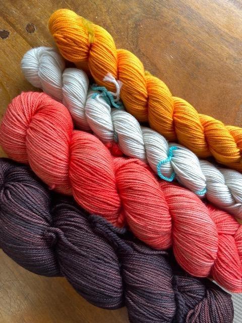 Phosphoro Shawl  - Knitting as Art Sparkle