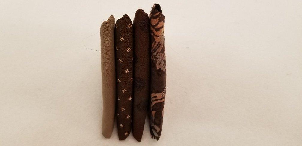 4 Fat Quarters - Brown