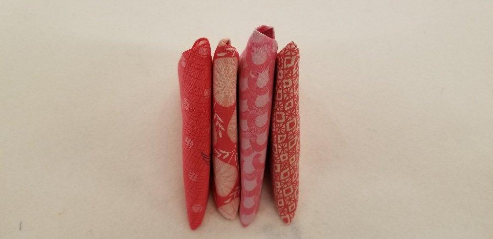 4 Fat Quarters - Pink
