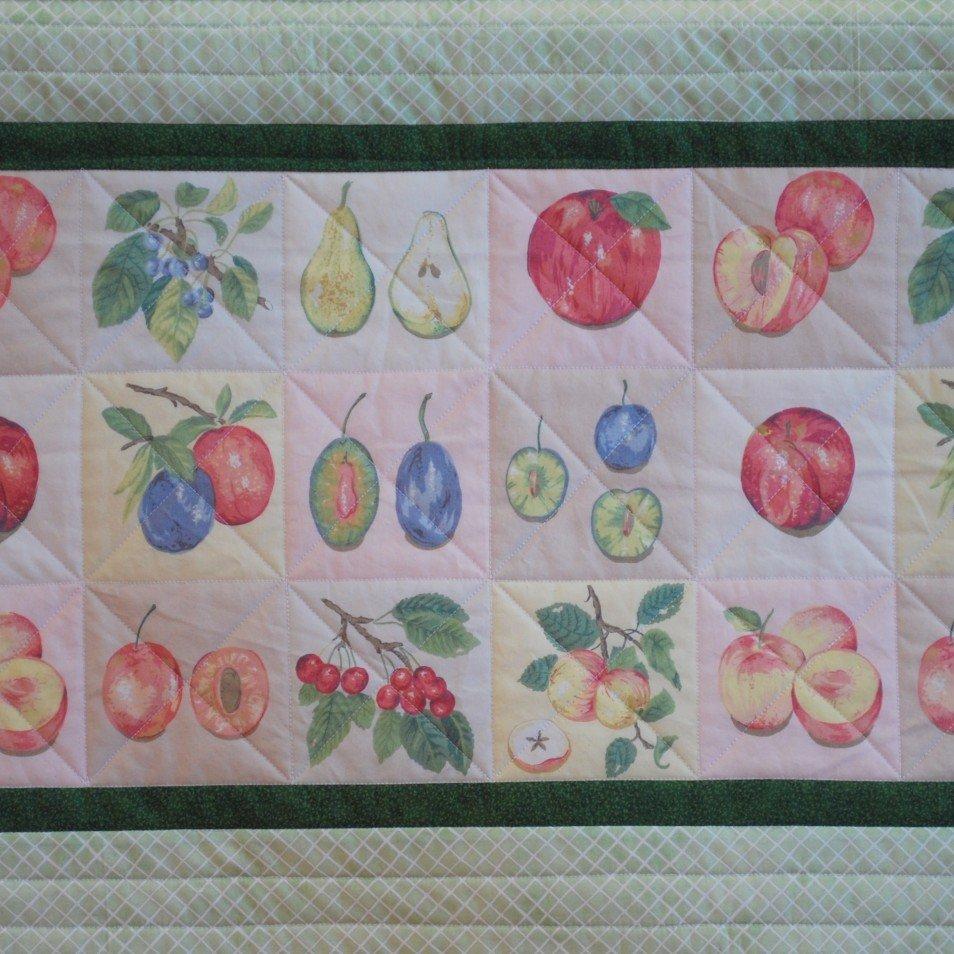 22-389 Summer Fruits Runner