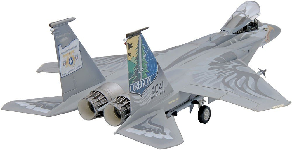 Plastic Model Kit-F-15C Eagle